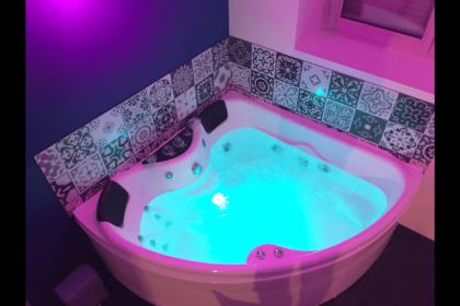 Appart Spa 21 Dijon : Votre chambre privative avec jacuzzi