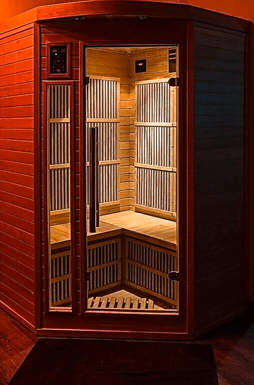 sauna privé dans la Suite Romantique et spa votre appartement tous confort en Location privée APPART SPA 21 de Dijon votre appartement privé de luxe avec spa et sauna